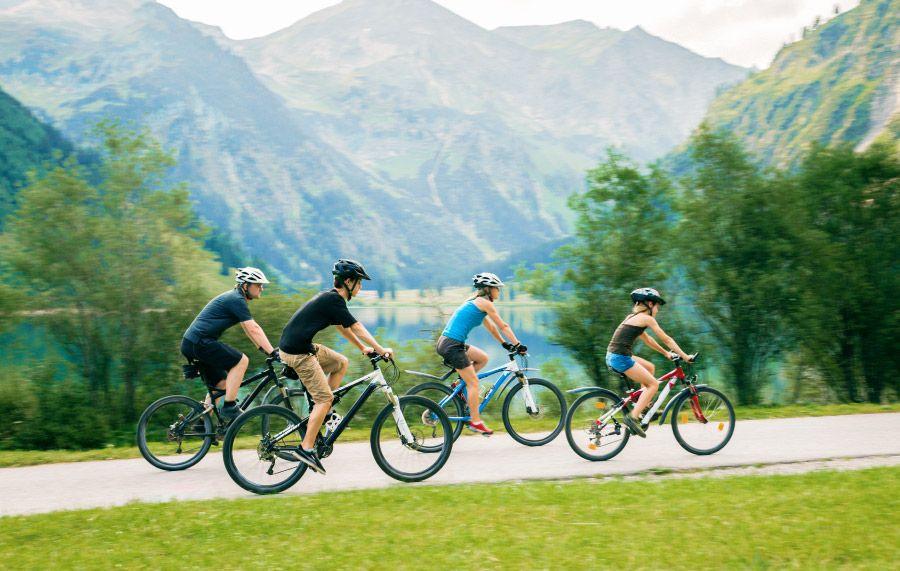 Obožujete kolesarjenje? Tudi mi!